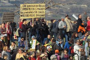 Gaz de schiste : Lutte citoyenne exemplaire en Ardèche méridionale