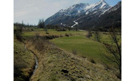 Face au réchauffement climatique, des agriculteurs montrent la voie d'une irrigation responsable